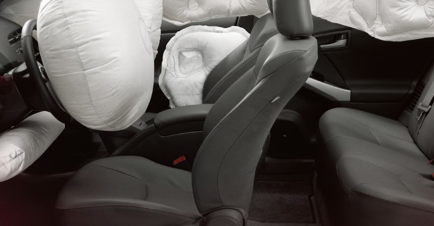 prius-plug-in-2011_prius_airbags